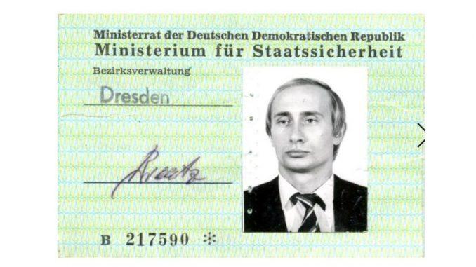 Putin Stasi-Ausweis