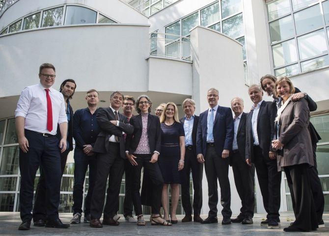 Gruppenbild Pressekonferenz
