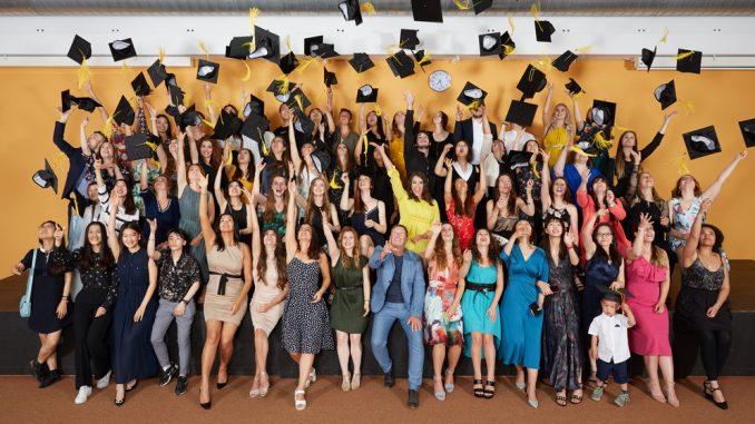 Absolventen 2019 der Hochschule für Angewandte Sprachen